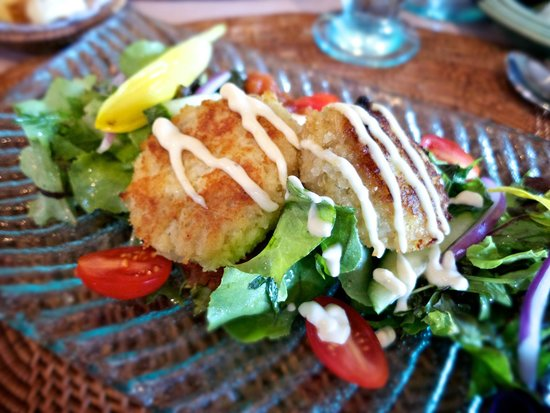 The Dunes Studio Gallery and Cafe : crabcake appetizer