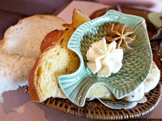 The Dunes Studio Gallery and Cafe : Bread assortment