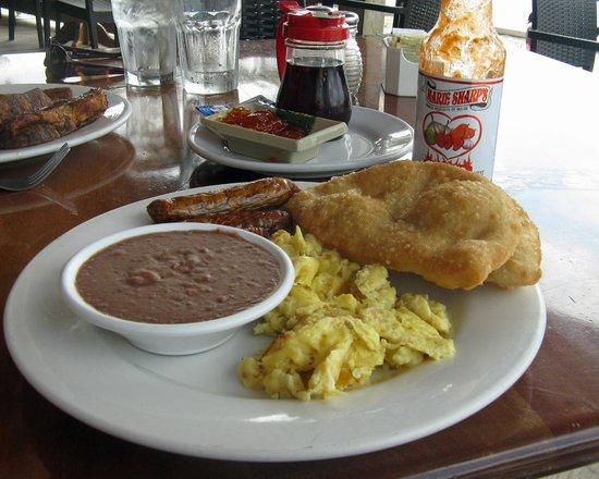 Blue Water Grill: Belizean breakfast