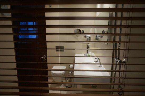 Carris Porto Ribeira : Banheiro
