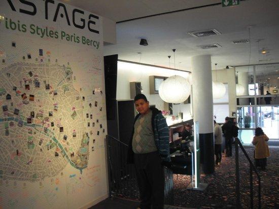 Ibis Styles Paris Bercy: lobby