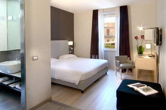 Hotel Adriano: Guest Room