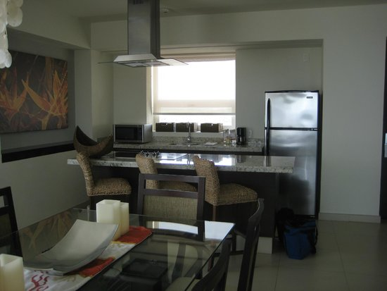 Marival Residences Luxury Resort: View of kitchen in 1 bedroom suite