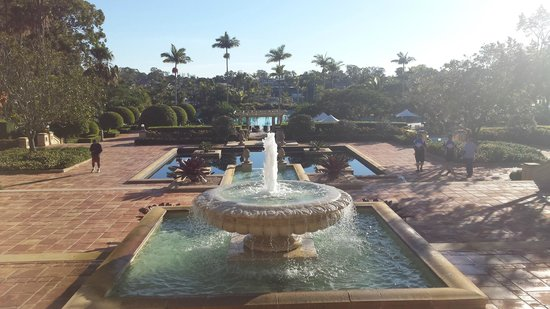 InterContinental Sanctuary Cove Resort: The view out the back
