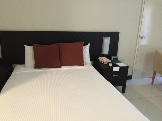 Tanoa Waterfront Hotel: Renovated Standard Room