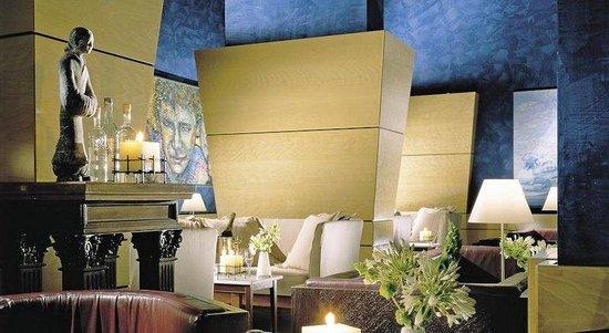 Empire Palace Hotel: Lobby