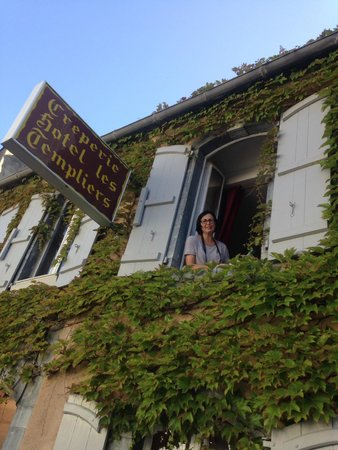 Hotel Les Templiers : awesome location