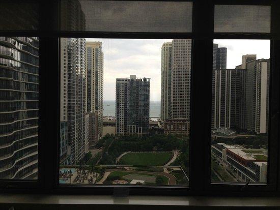 Fairmont Chicago Millennium Park: View from Room 1422