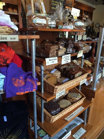 Camino Bakery: Breads and Cookies