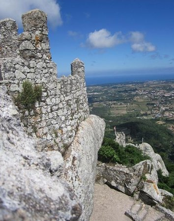 Castle of the Moors : View of Atlantic from Mouros