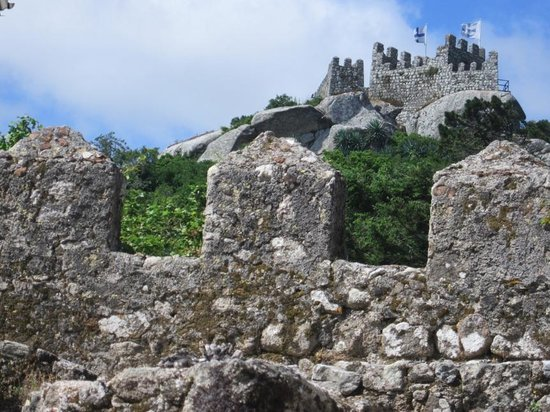Castle of the Moors : More Mouros