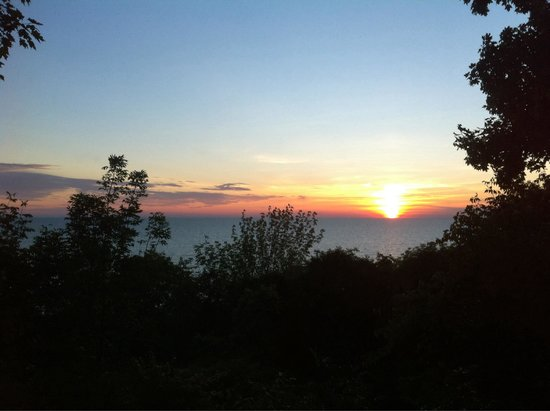 Deer Park Lodge: Sunset from the Penthouse