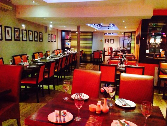 MASALA BITES: Dining area