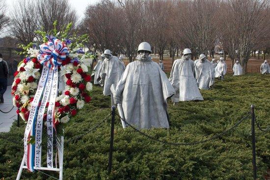 Monumento a los veteranos de la Guerra de Korea: Korean War Veterans Memorial