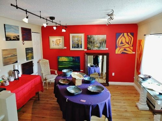Gallery of Artisans