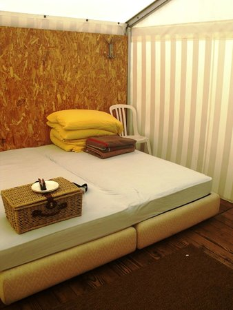 Balmers Tent Village : Double bed