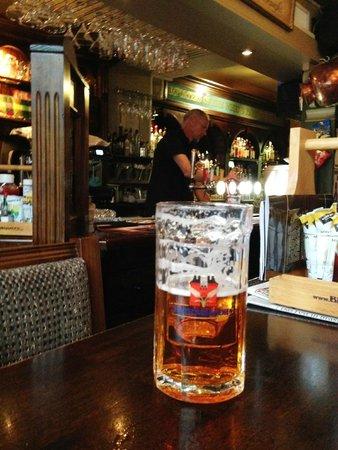 The 3 Tells Irish Pub: Half full?