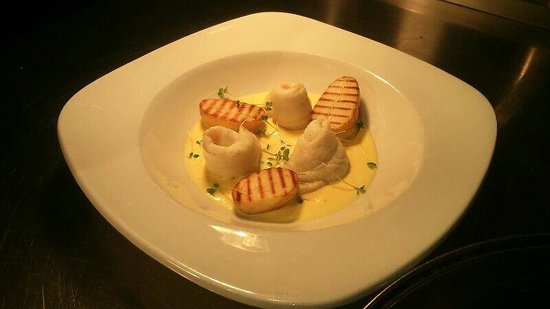 The Exchange: Popiet of lemon sole grilled new potatoes and lemon sauce