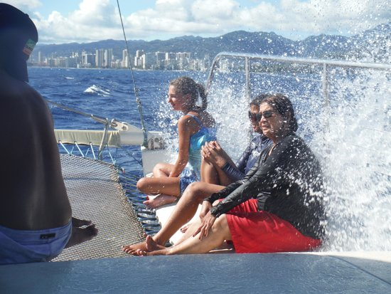 Maita'i Catamaran: fun in the front