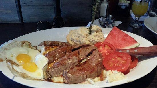 Hash House A Go Go: Bbq Flank steak