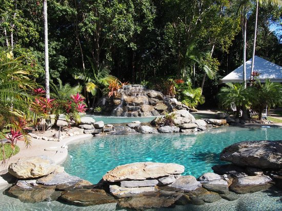 Paradise Links Resort Port Douglas: Pool area