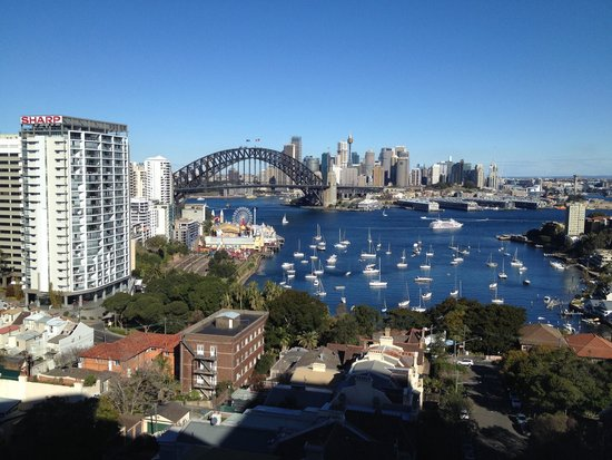 North Sydney Harbourview Hotel: Level 10 view - spectacular!