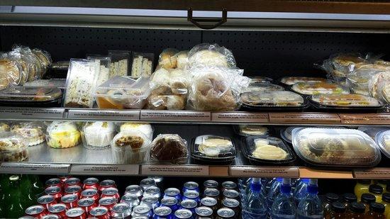 TranzAlpine Train: Food cabinet