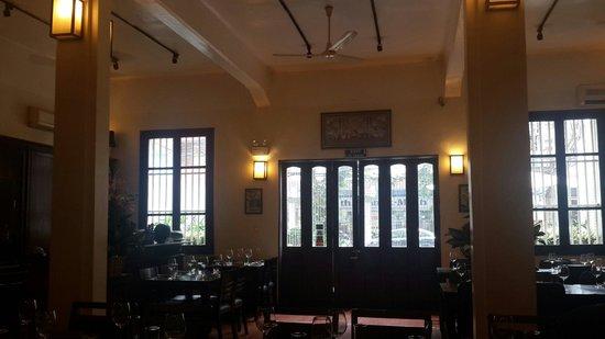 bkk Thai Restaurant: Warm
