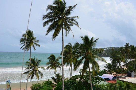Sunbeam Beach Resort: Пляж