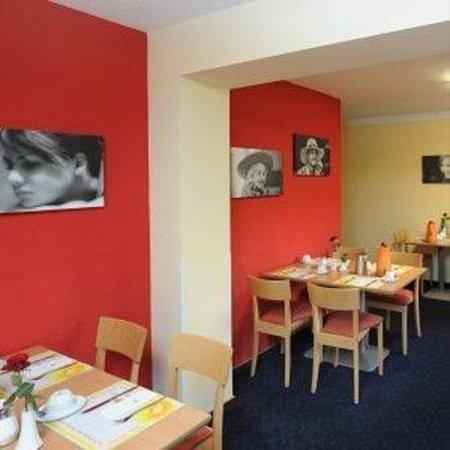 Acora und Wohnen Bonn: TOP acora Hotel und Wohnen Bonn_Breakfast Room