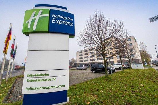 Holiday Inn Express Koln-Mulheim : Enjoy your stay at Holiday Inn Express Cologne Muelheim