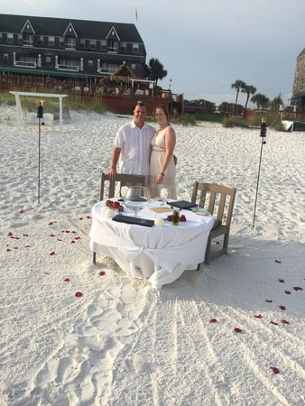 Beach Walk at Henderson Park Inn: Toes in the sand dinner with Dustin! Amazing!!