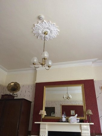 Cranleigh: light fixture in the family suite