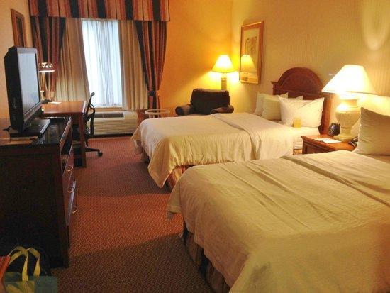 Hilton Garden Inn Milwaukee Park Place: Comfy beds