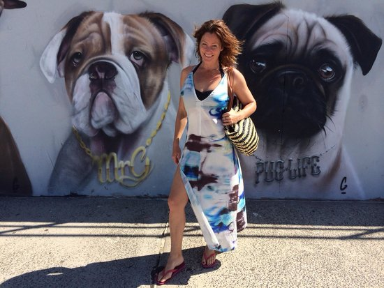 Bondi to Coogee Beach Coastal Walk : Mural. Bondi. Beach