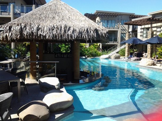 Wyndham Resort Denarau Island: Adults swim up bar