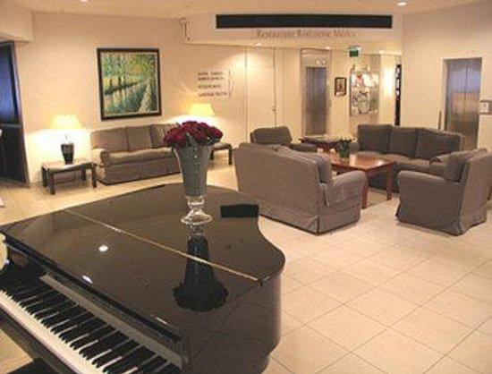 Ramada Nuernberg Parkhotel: Lobby