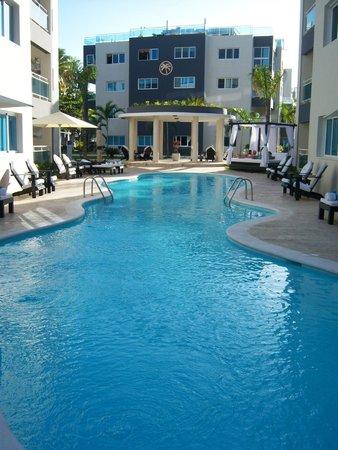 Presidential Suites - Punta Cana : Piscina