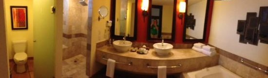 Hyatt Ziva Los Cabos: Bathroom