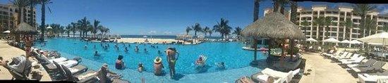 Hyatt Ziva Los Cabos: Main Pool View to Ocean