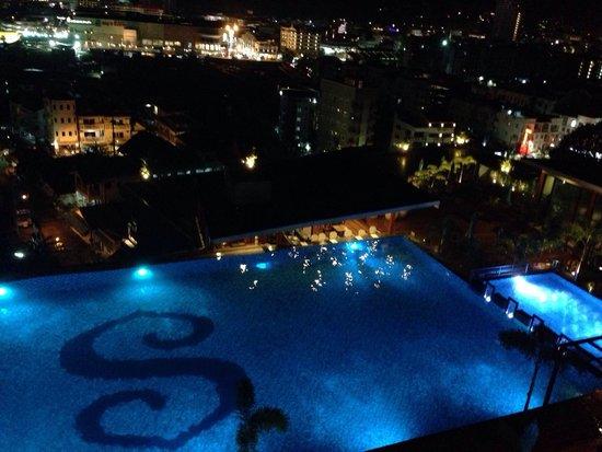 The Senses Resort: Pool view