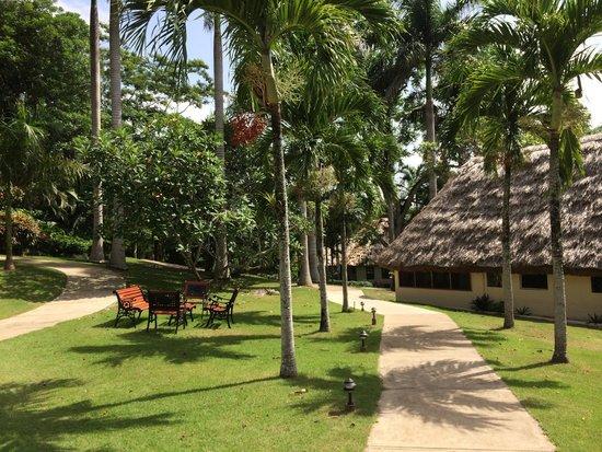 The Lodge at Chaa Creek: Beautiful grounds