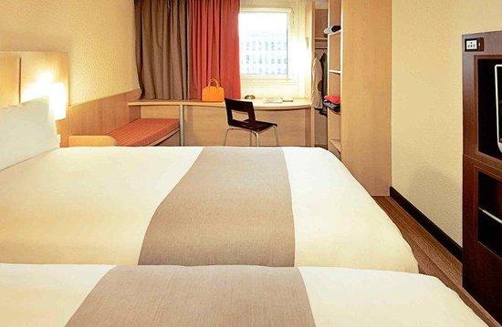 Ibis Köln Airport: Guest Room