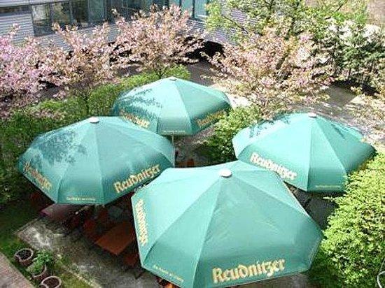 Galerie Hotel Leipziger Hof: patio