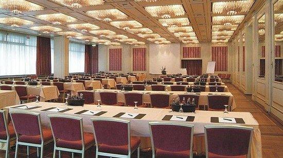 Centro Hotel Bristol: Conference room