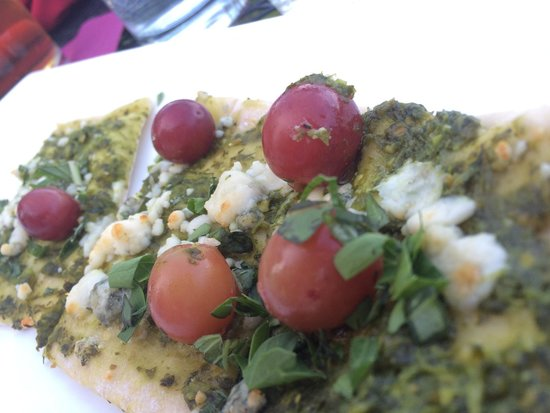 La Rosa Club: Fresh herbs and marinated grape flatbread, boom!