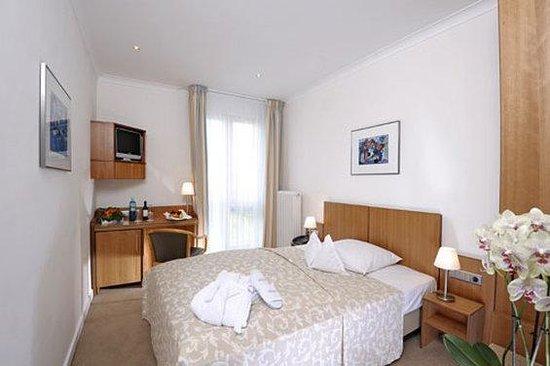 TOP VCH Hotel Baseler Hof_Single Room Supeior