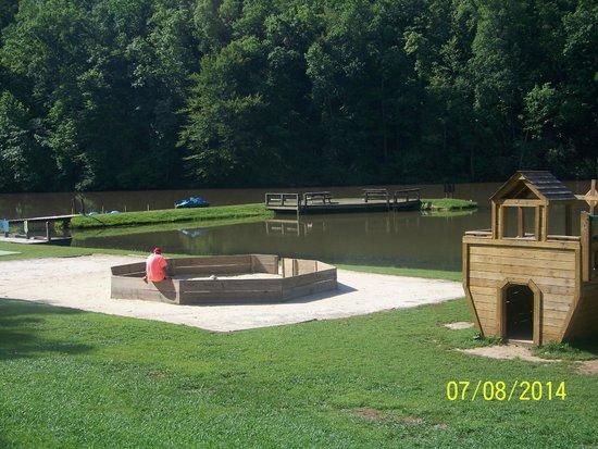 Hidden Creek Camping Resort: Play Area