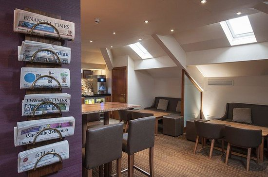 Crowne Plaza Chester: Club Floor Lounge (3rd floor)