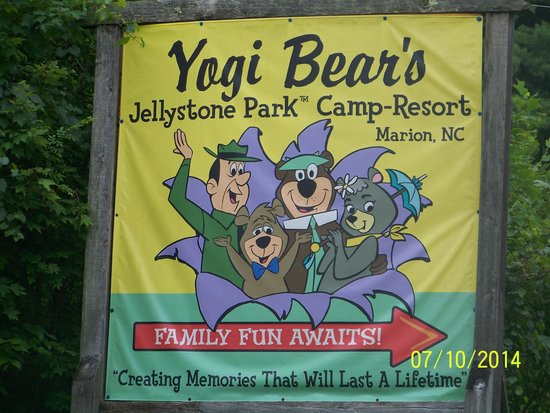 Yogi Bear's Jellystone Park Marion: Signs are great and the park is easy to find!